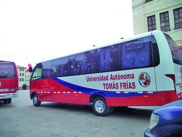 Implementarán un bus para los universitarios