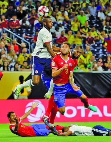 Costa Rica logra triunfo y le quita el liderato a Colombia