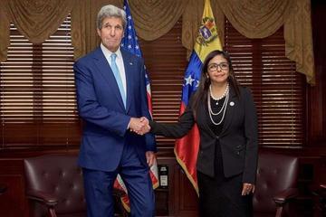 EE.UU. pide referendo en Venezuela y anuncia  un diálogo bilateral