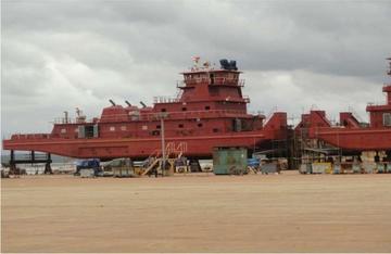 Barcazas: benefician con medidas sustitutivas a 4 militares y 4 funcionarios
