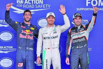 """Rosberg logra su """"pole"""" 25 en el estreno de Baku"""