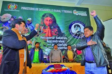 Gobierno prevé que la nueva ley de coca esté lista hasta fin de año