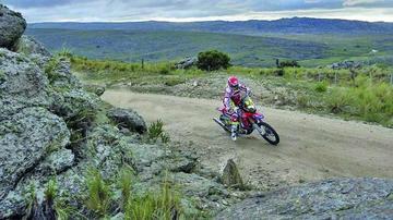 El español Joan Barreda gana la primera etapa del Desafío Ruta 40