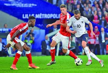 Francia empata sin goles ante Suiza