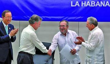 El Gobierno de Colombia y FARC firman los acuerdos para la paz