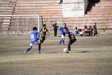 Ferro Sur y Deportivo Juva abren la décima fecha del torneo local de fútbol