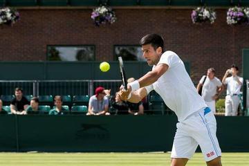 Djokovic comienza la defensa de su título