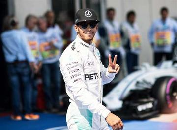 """Hamilton logra la """"pole"""" en Austria"""