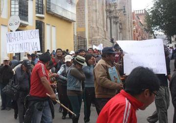 Los gremiales inician protestas contra las reformas tributarias