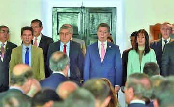 Santos defiende plebiscito para refrendar los acuerdos de paz