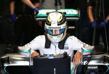 """Hamilton logra la """"pole"""" en Silverstone"""