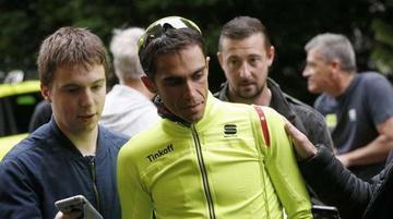 Contador abandona la etapa por problemas físicos