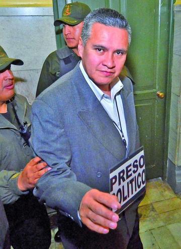 Pedirán detención domiciliaria con salida laboral para León
