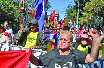 La justicia condena a todos los acusados de masacre en Paraguay