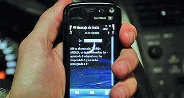 Los padres de familia podrán saber las notas de sus hijos por celular