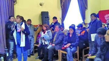 Comerciantes denuncian decomisos y la Alcaldía alega reordenamiento