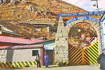 Trabajadores piden auditoría a la  minera Huanuni sobre recursos