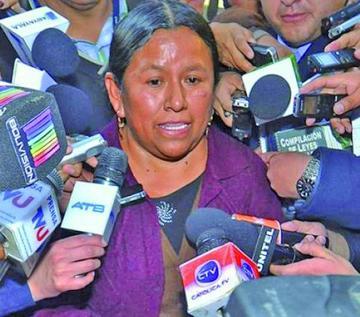 Caso Fondioc: fiscales volverán a convocar a Nemesia Achacollo