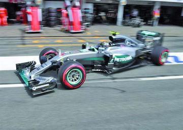El alemán Rosberg contraataca en casa y hoy saldrá primero