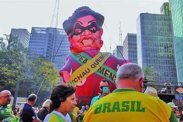 Tensión política crece en Brasil con el inicio del juicio a Rousseff