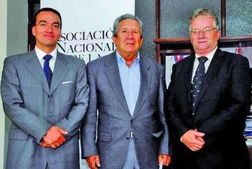 APLP pide que denuncia contra Vacaflor vaya al Tribunal de Imprenta