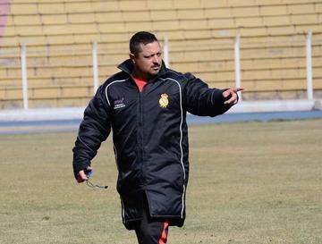 De la Torre ya tiene el equipo base para el duelo de la Copa Sudamericana