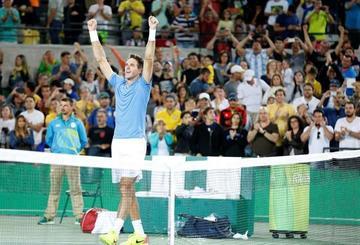 Del Potro elimina a Djokovic