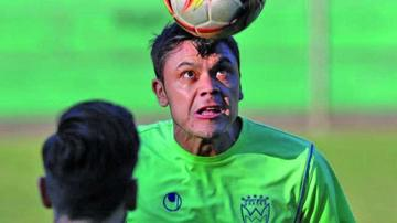 Eduardo  Villegas pondrá esta tarde   a prueba a su plantel