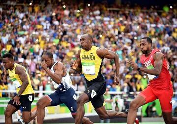 Usain Bolt comienza el espectáculo