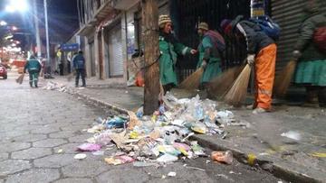 Colectan 54 toneladas de basura en un día de convite