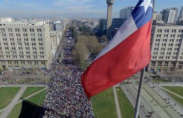 Protesta en Chile pide el fin del sistema privado de pensiones