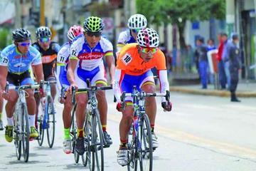 Potosino gana la Vuelta Ciclística Internacional de Perú