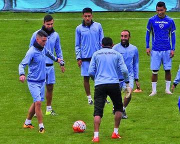 Bolívar ultima detalles para el duelo ante Atlético Nacional