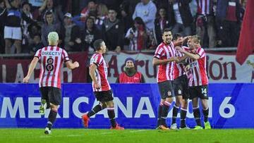 Estudiantes de La Plata saca ventaja ante Belgrano