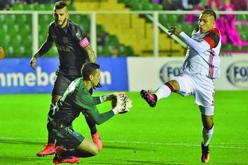 Flamengo visita a Figueirense