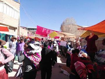 Comerciantes de La Paz ya se van de Cantumarca