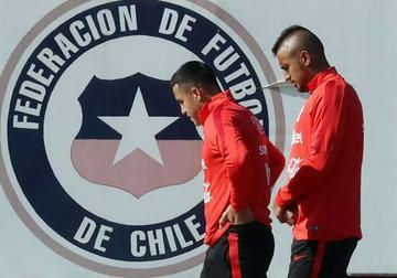Vidal abandonó la práctica de Chile