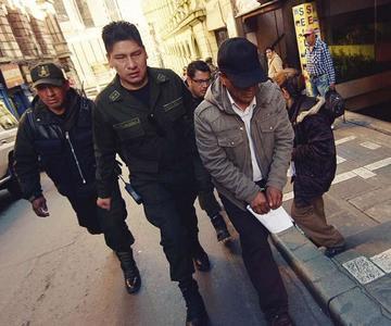 Envían a la cárcel a concejal del MAS por agresión a su esposa