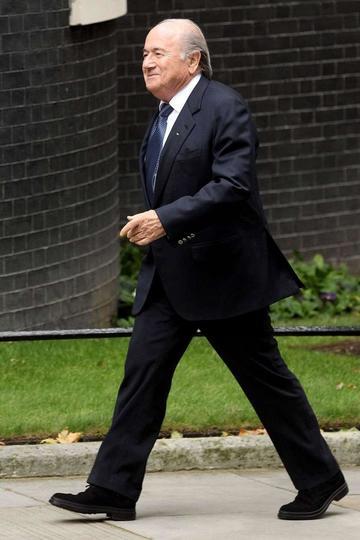 La FIFA abre un caso de soborno contra Blatter
