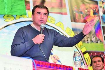 """El ministro Quintana llama a los periodistas """"bufones a sueldo"""""""