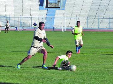 Santos apuestan por robarle puntos a los realistas