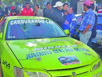 Sandoval se corona campeón nacional de automovilismo