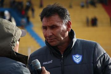 San José ratifica confianza en el técnico Ferrufino