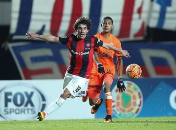 San Lorenzo derrota por 2-1 a La Guaira