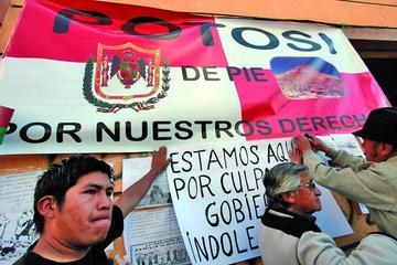 Gobierno cuestiona paro cívico por reclamo de tres demandas