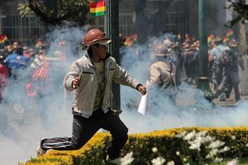 Mineros piden a Morales revisar decreto sobre el uso de dinamita
