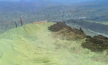 Relleno seco del Cerro Rico de Potosí se halla en 72 %