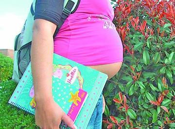 Develan una alarmante cifra  de embarazos en colegialas