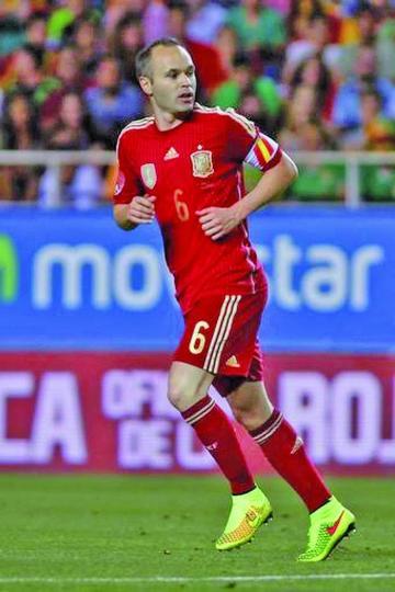 Iniesta vuelve a la selección española