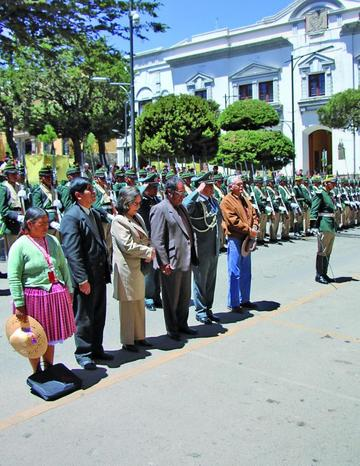 Homenajean  al patriota Vicente Camargo